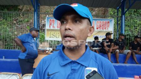 Sekretaris Umum Persipura Jayapura sekaligus Wakil Ketua Asprov PSSI Papua, Rocky Bebena. - INDOSPORT