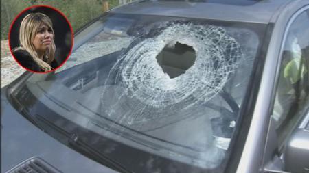 Manajer Mauro Icardi, Wanda Nara dan ilustrasi kaca mobil yang pecah akibat terkena lemparan batu. - INDOSPORT