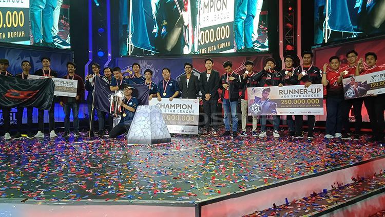 AOV Star League Season 2 sukses digelar dengan meriah di Tennis Indoor Senayan Copyright: Shintya Anya Maharani/INDOSPORT