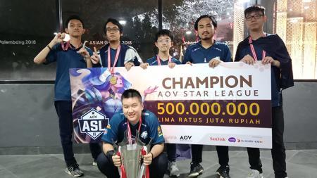 EVOS.AOV resmi mempertahankan gelar juara dan mendapatkan hadiah dengan jumlah fantastis, yakni 500 Juta Rupiah. - INDOSPORT