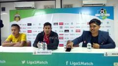 Indosport - Pelatih Bhayangkara FC, Angel Alfredo Vera saat Preskon.
