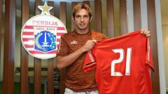 Indosport - Silvio Escobar resmi gabung Persija.