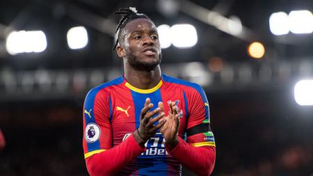 Michy Batshuayi, striker Chelsea yang sedang dipinjamkan ke Crystal Palace. - INDOSPORT
