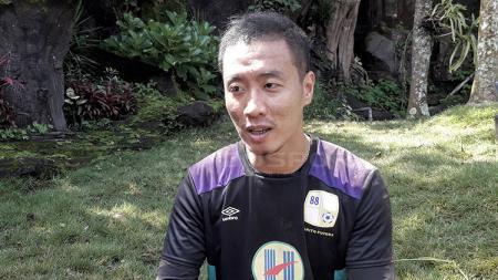 Nasib kontrak Yoo Jae-hoon di Timnas Indonesia sebagai penerjemah Shin Tae-yong masih belum jelas. - INDOSPORT