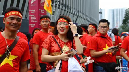 Fans Timnas Vietnam. - INDOSPORT