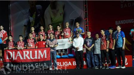 Tim Putra Djarum Kudus Juara Superliga Badminton 2019. - INDOSPORT