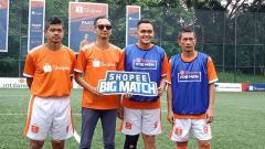 Indosport - Ismed Sofyan dan Bambang Pamungkas saling berhadapan