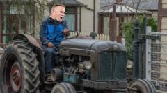Indosport - Rooney dikabarkan akan menjadi petani jika pensiun nanti