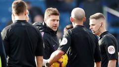 Indosport - Pochettino didakwa oleh FA karena berseteru dengan wasit Mike Dean