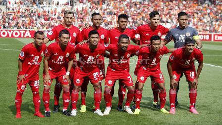 Skuat utama Persija Jakarta saat melawan Becamex Binh Duong pada laga perdana Piala AFC 2019 Grup G di Stadion GBK, Selasa (26/02/18).