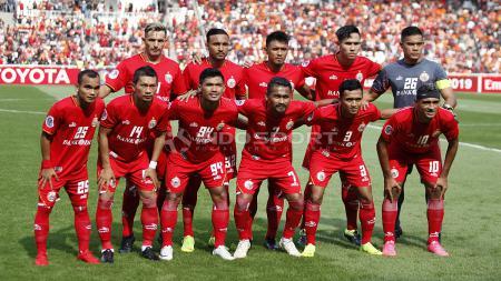 Skuat utama Persija Jakarta saat melawan Becamex Binh Duong pada laga perdana Piala AFC 2019 grup G di stadion GBK, Selasa (26/02/18). - INDOSPORT