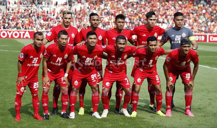 Skuat utama Persija Jakarta saat melawan Becamex Binh Duong pada laga perdana Piala AFC 2019 grup G di stadion GBK, Selasa (26/02/18). Copyright: Herry Ibrahim/INDOSPORT