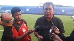 Indosport - Syafrianto Rusli pelatih Semen Padang