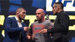 Indosport - Petarung Mixed Martial Arts (MMA), Khabib Nurmagomedov memutuskan mundur dari pertarungan melawan Tony Ferguson akibat dari wabah virus corona (COVID-19).