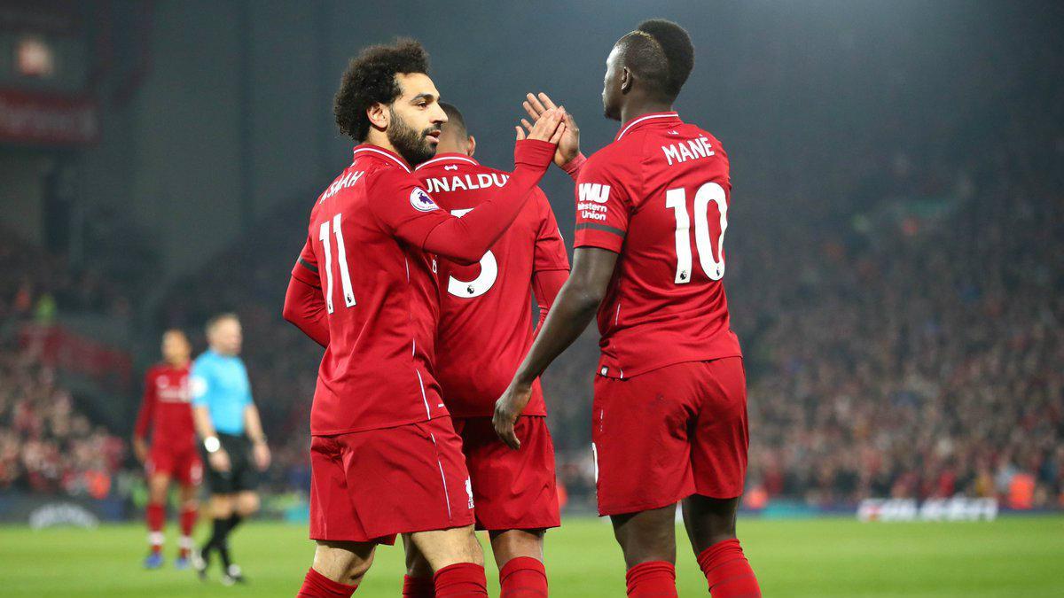 Selebrasi pemain Liverpool Mohamed Salah dan Sadio Mane usai gol ke gawang Watford tercipta, Kamis (28/02/19). Copyright: twitter.com/LFC