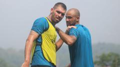 Indosport - Wallace Costa dan Claudir Junior Marini jalani latihan