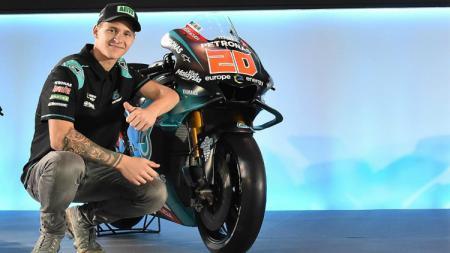 Fabio Quartararo memberikan pujian setinggi langit kepada tim Yamaha lantaran mampu tampil cemerlang di kejuaraan balap MotoGP 2019. - INDOSPORT
