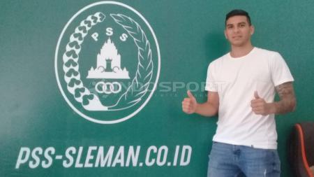Gelandang asal Argentina, Brian Ferreira resmi gabung PSS Sleman - INDOSPORT