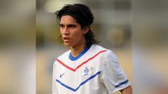 Indosport - Nilai transfer pemain sepak bola keturunan Indonesia, Navarone Foor, langsung anjlok setelah dia bergabung dengan klub asal Uni Emirat Arab, Ittihad Kalba.