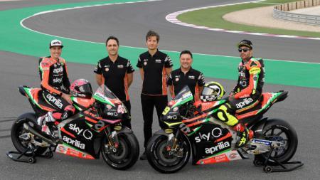 Kucuran dana jadi masalah Aprilia dalam bersaing di ajang MotoGP. - INDOSPORT