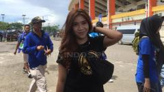 Indosport - Bobotoh Cantik siap menyaksikan langsung laga pembuka Piala Presiden
