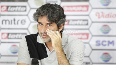 Pelatih asal Brasil, Stefano Cugurra Teco tak pernah lupa atmosfer final Piala Emas Bang Yos (PEBY) 2003. - INDOSPORT