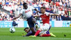 Indosport - Proses terjadinya gol Aaron Ramsey