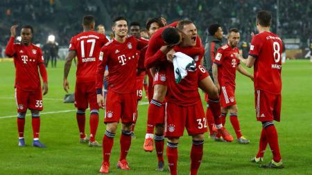 Selebrasi pemain Bayern Munchen usai menang telak 5-1 atas Monchengladbach, Minggu (03/03/19). - INDOSPORT