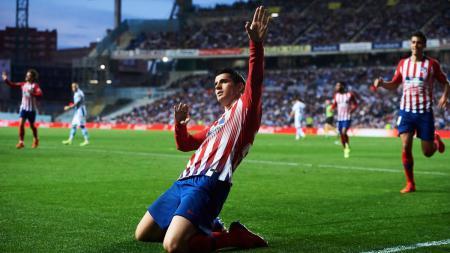 Selebrasi penyerang Atletico Madrid Alvaro Morata usai cetak gol ke gawnag Real Sociedad, Senin (04/03/19). - INDOSPORT