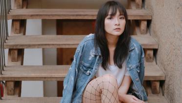 Serafhinz Plank di Pinggir Kolam Renang, Netizen: Pencitraan Ya?