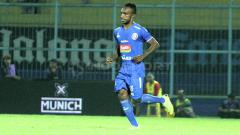 Indosport - Pemain baru Arema FC, Ricky Kayame