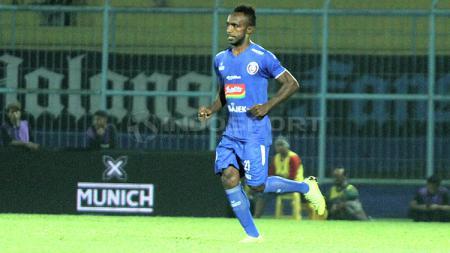 Pemain baru Arema FC, Ricky Kayame - INDOSPORT