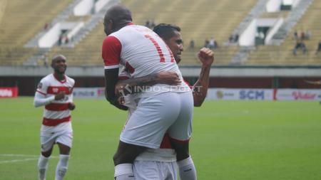 Selebrasi pemain Madura United usai membobol gawang PSS Sleman di Piala Presiden 2019. - INDOSPORT