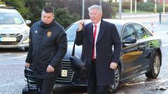 Indosport - Mantan pelatih Manchester United, Sir Alex Ferguson (kanan).