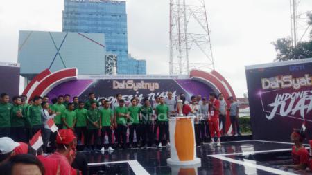Skuat Timnas Indonesia U-22 menghadiri undangan salah satu acara musik. - INDOSPORT