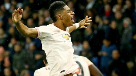 Marcus Rashford merayakan golnya ke gawang PSG - INDOSPORT