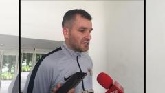 Indosport - Simon McMenemy, pelatih Timnas Indonesia di sesi latihan