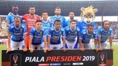Indosport - Starting eleven Persib Bandung menghadapi Persebaya.