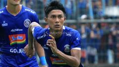 Indosport - Penuhi panggilan Timnas, fullback Arema FC masih ingin berlaga di Piala Presiden.