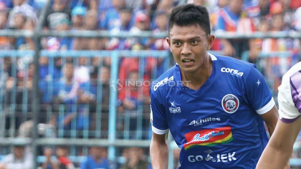 Striker andalan Arema FC, Dedik Setiawan kesampingkan soal persaingan di lini depan Timnas. Copyright: Ian Setiawan/Indosport.com