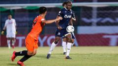Indosport - Pemain PTT Rayong Victor Igbonefo.
