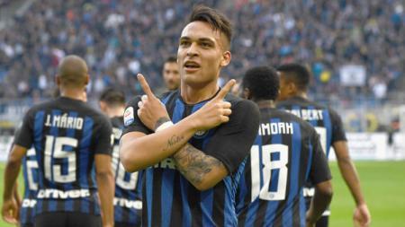 Matteo Politano dipermanenkan Inter Milan menyusul penampilan apiknya pada musim 2018/19. - INDOSPORT