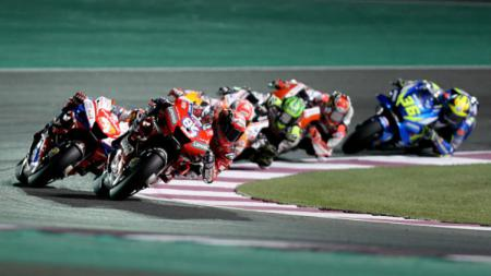 Andrea Dovizioso memimpin pertandingan di MotoGP 2019 Qatar. - INDOSPORT