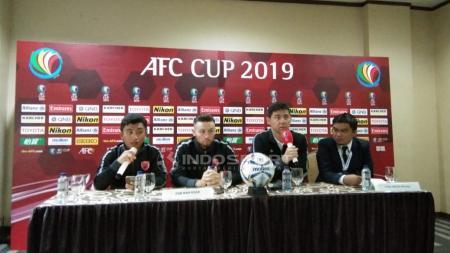 Pelatih PSM Makassar, Darije Kalezić saat preskon jelang melawan Lao Toyota FC. - INDOSPORT