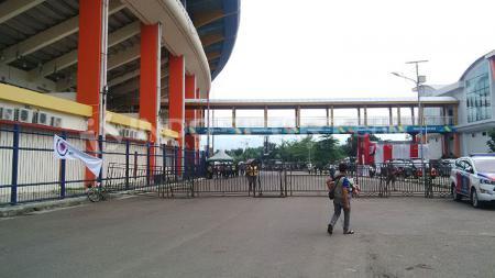 Situasi Si Jalak Harupat, Kabupaten Bandung, Selasa (12/03/2019) terlihat sepi menjelang laga Persib vs Perseru. - INDOSPORT