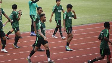 (GALERI FOTO) Uji Coba Timnas Indonesia U-23 vs Semen Padang: Kedatangan Saddil dan Hasil Imbang