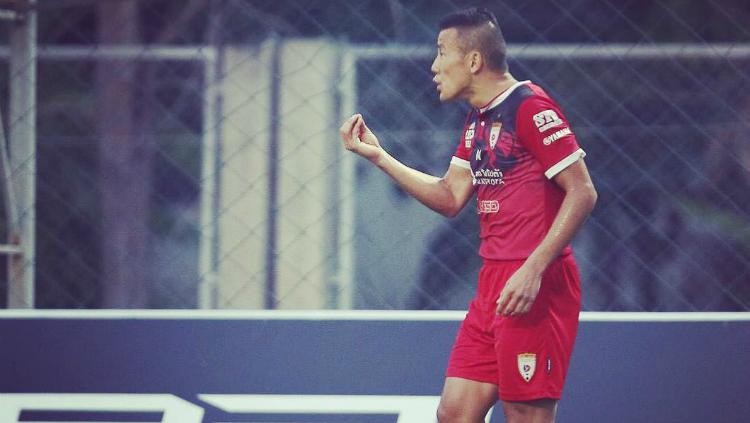 Striker sekaligus kapten Lao Toyota FC, Kazuo Homma. Copyright: instagram.com/kazuohomma