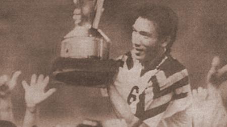 Robby Darwis ketika menjuarai Perserikatan bersama Persib Bandung - INDOSPORT