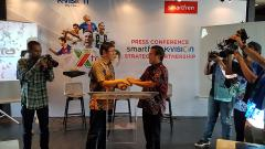 Indosport - K-Vision bekerja sama dengan Smartfren.