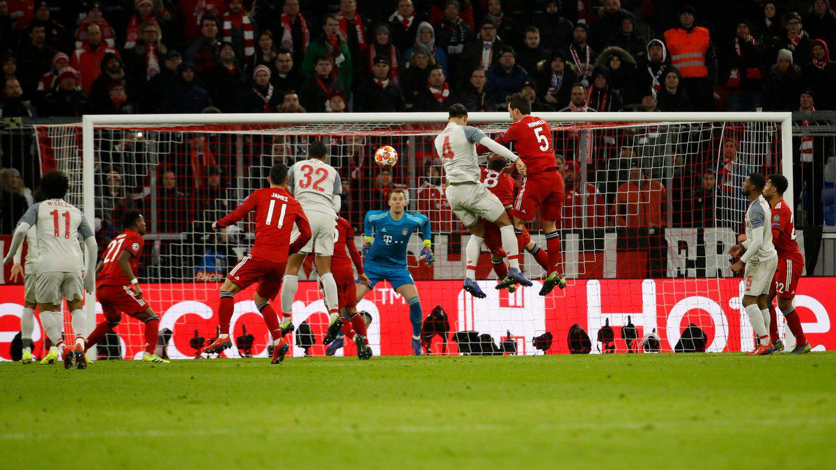 Gol Virgil van Dijk lawan Bayern Munchen Copyright: INDOSPORT